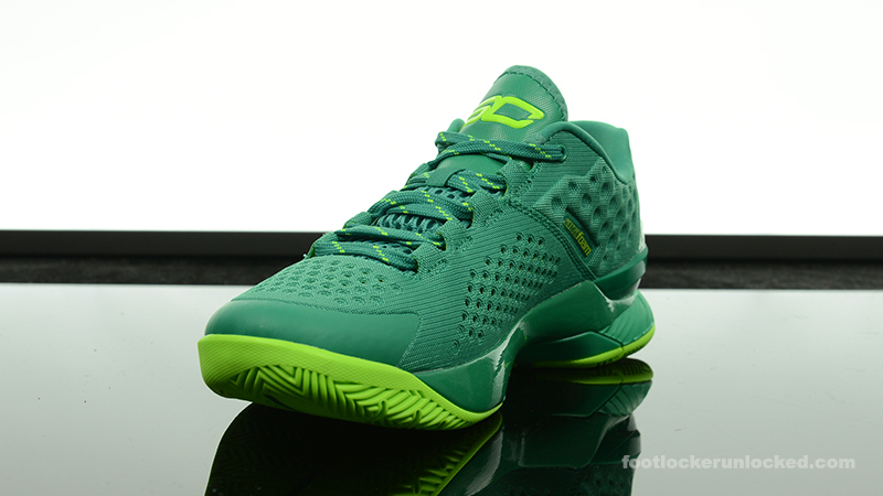Foot-Locker-Under-Armour-Curry-One-Mid-Scratch-Green-4