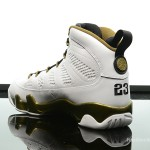 Foot-Locker-Air-Jordan-9-Retro-Statue-5
