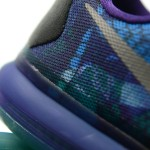 Foot-Locker-Nike-Kobe-X-Overcome-9