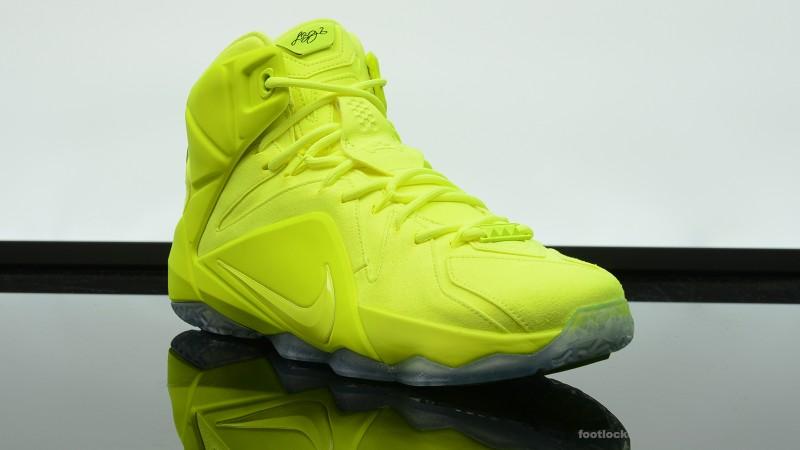 Foot-Locker-Nike-LeBron-12-EXT-Tennis-Ball-2
