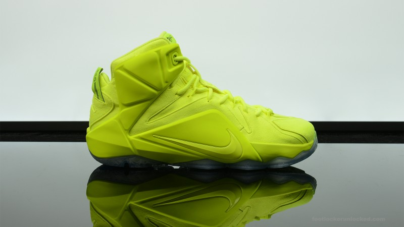 Foot-Locker-Nike-LeBron-12-EXT-Tennis-Ball-3
