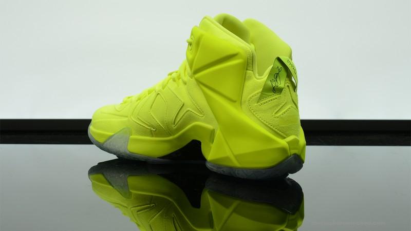 Foot-Locker-Nike-LeBron-12-EXT-Tennis-Ball-5