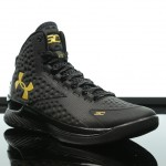 Foot-Locker-Under-Armour-Curry-One-Black-and-Gold-Banner-3