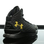 Foot-Locker-Under-Armour-Curry-One-Black-and-Gold-Banner-6