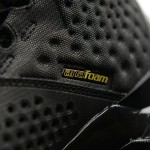 Foot-Locker-Under-Armour-Curry-One-Black-and-Gold-Banner-9