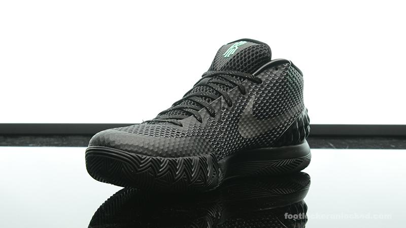 nike kyrie 1 all black