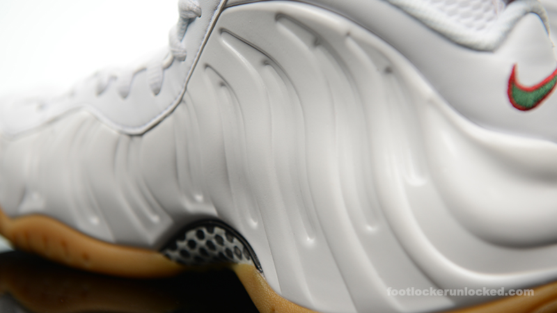 Foot-Locker-Nike-Air-Foamposite-Pro-White-Gorge-Green-10