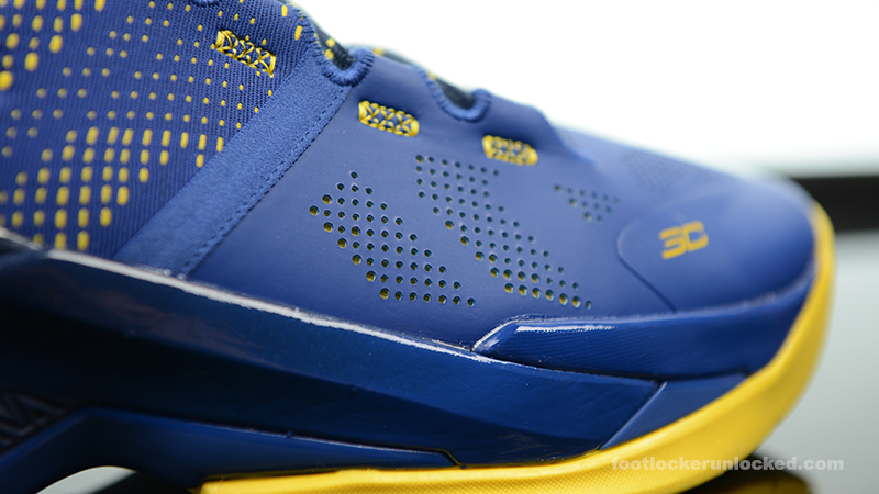 Foot-Locker-Under-Armour-Curry-2-Dub-Nation-10