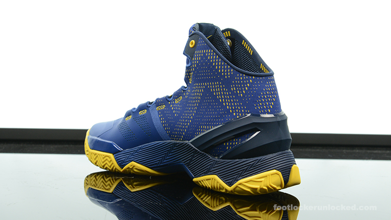 Foot-Locker-Under-Armour-Curry-2-Dub-Nation-5