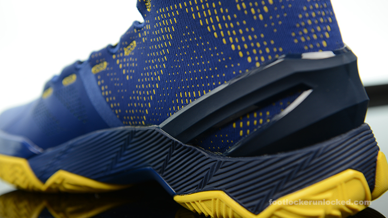 Foot-Locker-Under-Armour-Curry-2-Dub-Nation-7