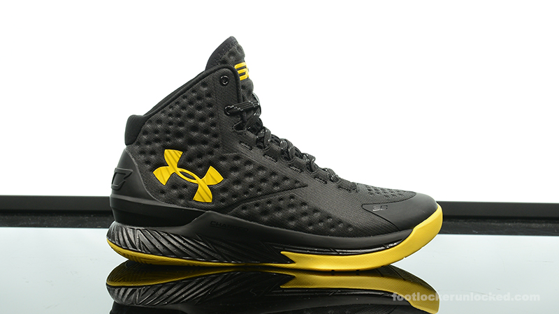 Foot-Locker-Under-Armour-Curry-One-Batman-Championship-Pack-2