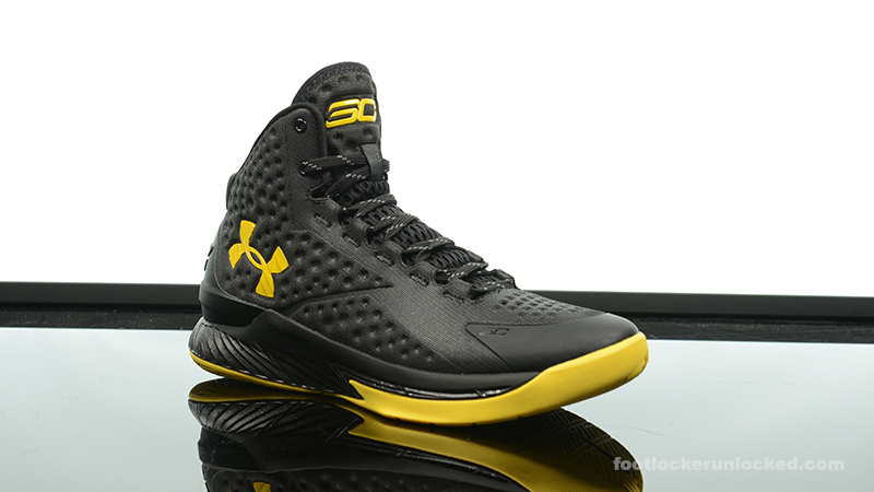 Foot-Locker-Under-Armour-Curry-One-Batman-Championship-Pack-3