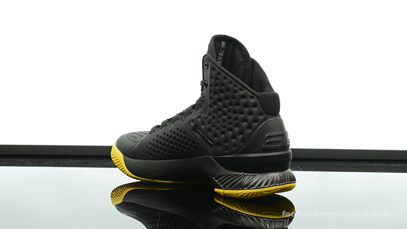 Foot-Locker-Under-Armour-Curry-One-Batman-Championship-Pack-5