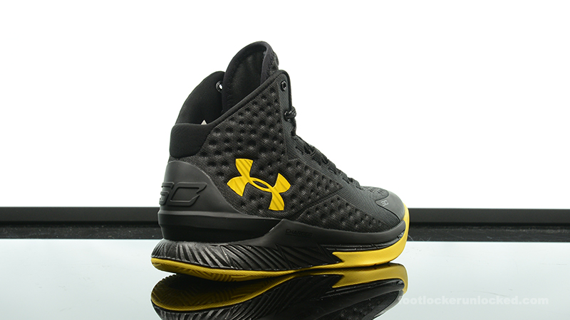 Foot-Locker-Under-Armour-Curry-One-Batman-Championship-Pack-6