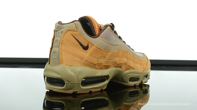 Foot-Locker-Nike-Air-Max-95-Flax-6