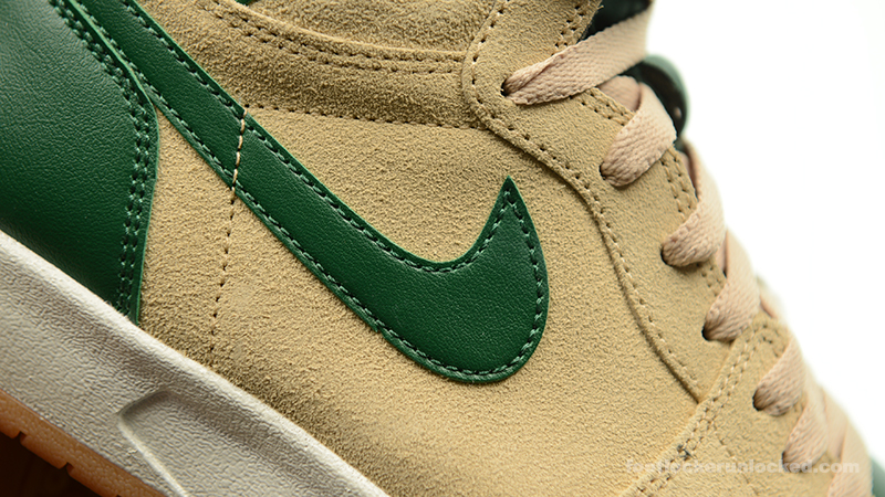 Foot-Locker-Air-Jordan-1-Retro-High-The-Return-Gorge-Green-10