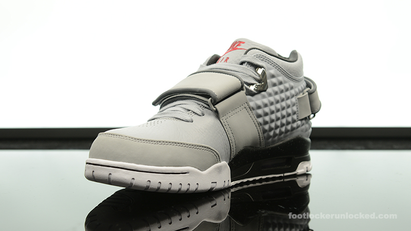 Foot-Locker-Nike-Air-TR-Cruz-Cool-Grey-4