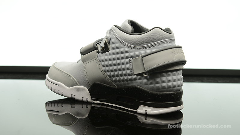Foot-Locker-Nike-Air-TR-Cruz-Cool-Grey-5