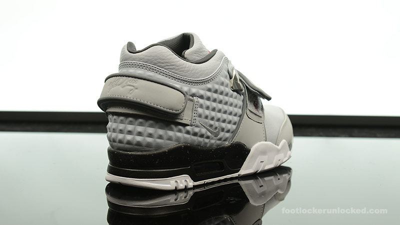 Foot-Locker-Nike-Air-TR-Cruz-Cool-Grey-6