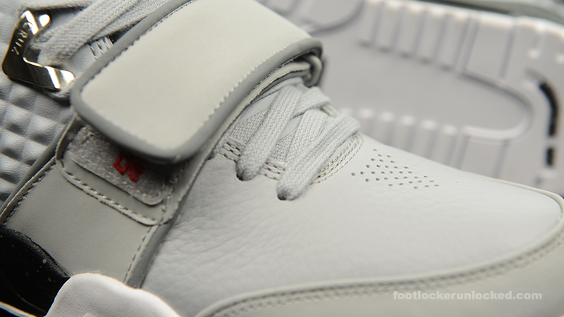 Foot-Locker-Nike-Air-TR-Cruz-Cool-Grey-9