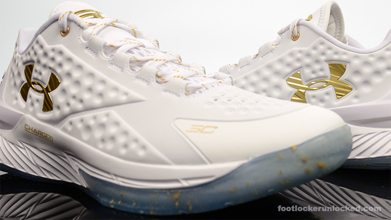 Foot-Locker-Under-Armour-Curry-1-Low-Friends-and-Family-8