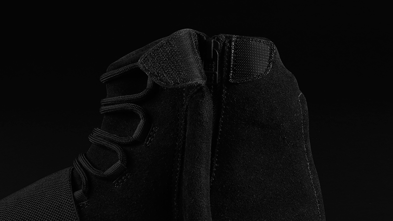 Foot-Locker-adidas-Originals-Yeezy-750-Boost-Black-8