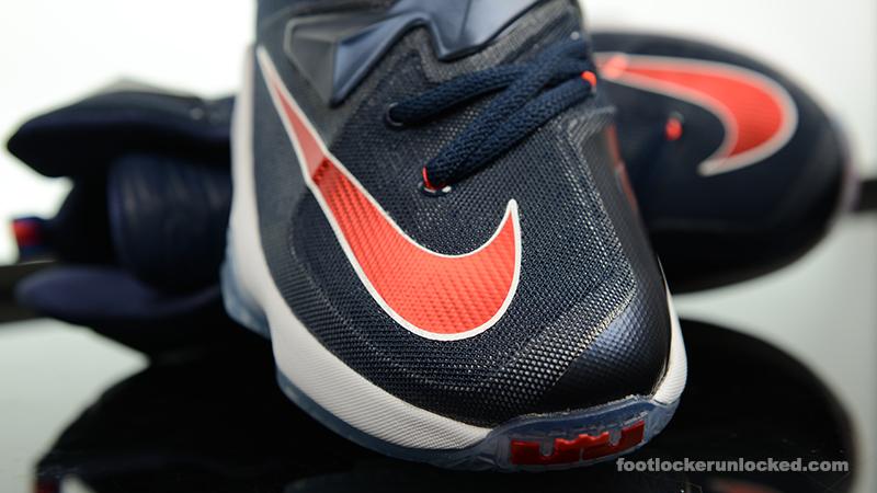 Foot-Locker-Nike-LeBron-13-Midnight-Navy-8