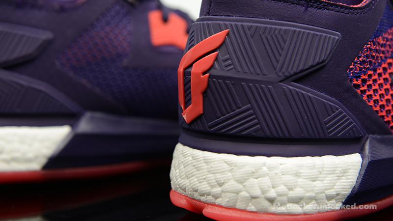Foot-Locker-adidas-D-Lillard-2-Aurora-Borealis-8