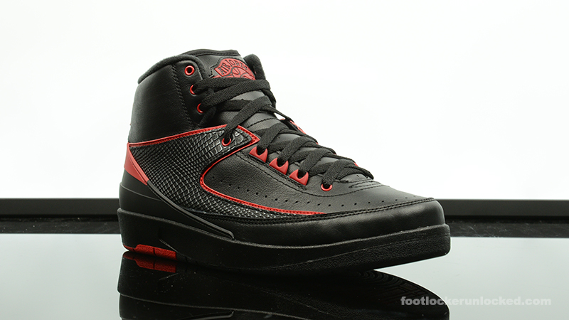 Foot-Locker-Air-Jordan-2-Retro-Alternate-87-3