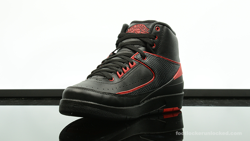 Foot-Locker-Air-Jordan-2-Retro-Alternate-87-4