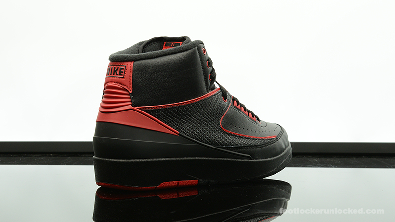 Foot-Locker-Air-Jordan-2-Retro-Alternate-87-6