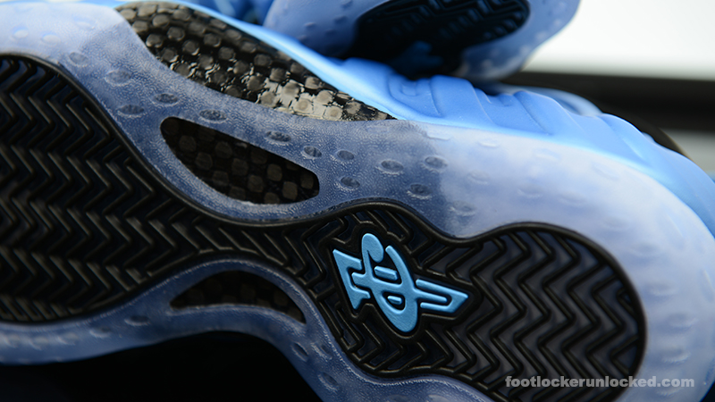Foot-Locker-Nike-Air-Foamposite-One-University-Blue-8