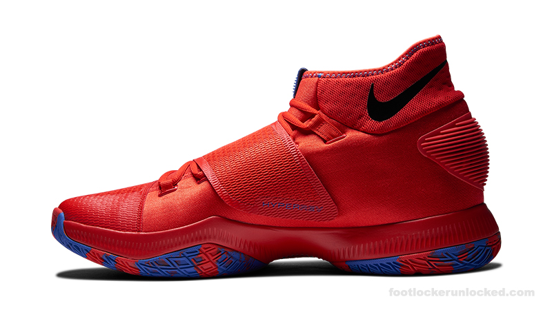 Foot-Locker-Nike-HyperRev-2016-Deandre-Jordan-3