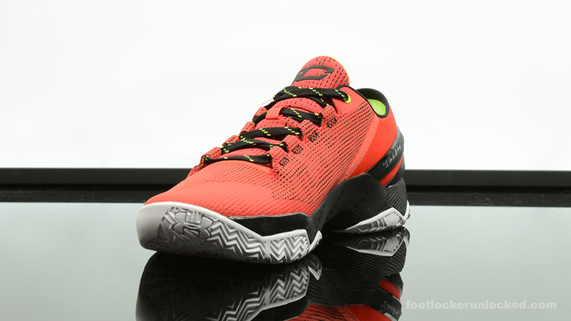 Foot-Locker-Under-Armour-Curry-2-Low-Energy-4