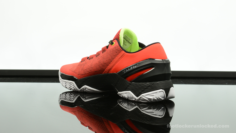 Foot-Locker-Under-Armour-Curry-2-Low-Energy-5