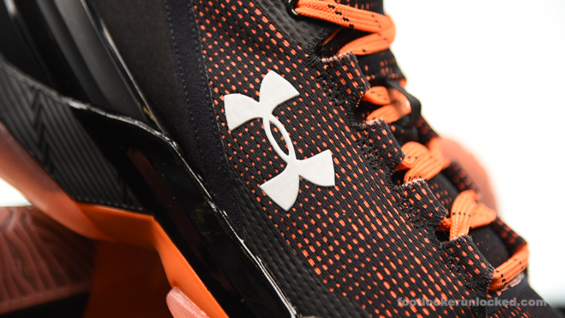 Foot-Locker-Under-Armour-Curry-2-Low-Giants-12