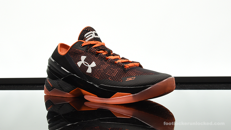 Foot-Locker-Under-Armour-Curry-2-Low-Giants-3