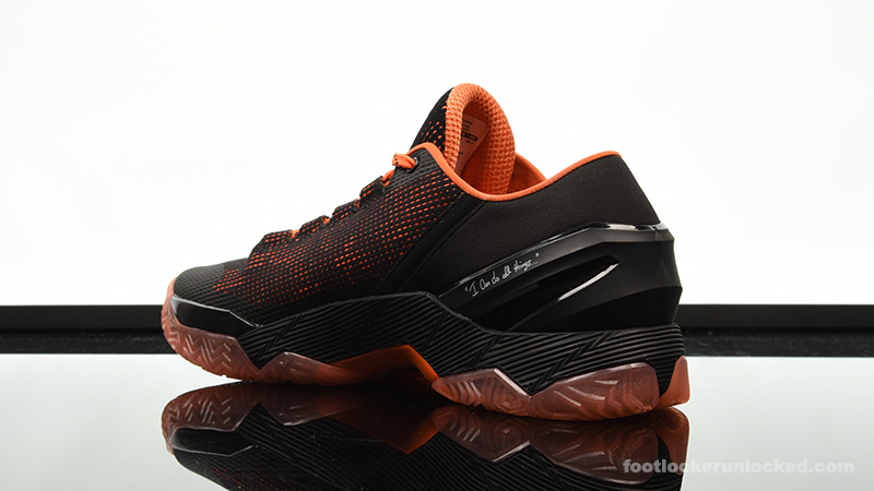 Foot-Locker-Under-Armour-Curry-2-Low-Giants-5
