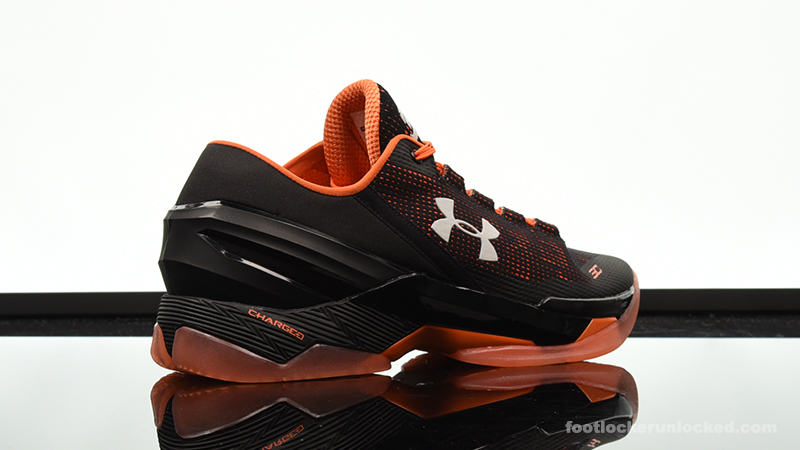 Foot-Locker-Under-Armour-Curry-2-Low-Giants-6