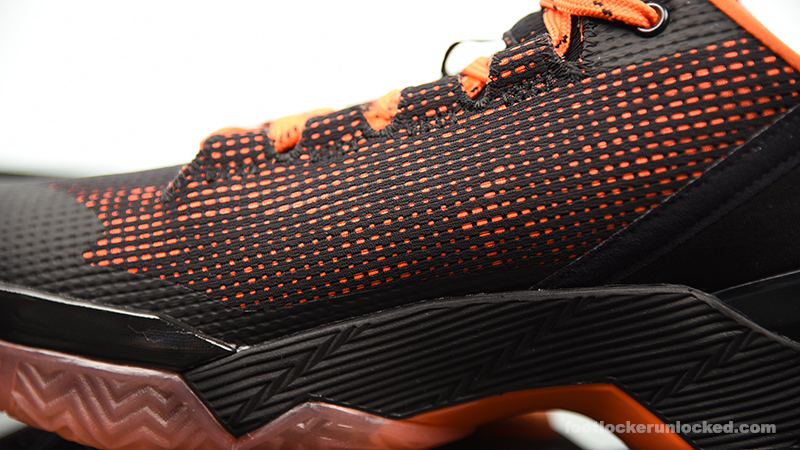Foot-Locker-Under-Armour-Curry-2-Low-Giants-9