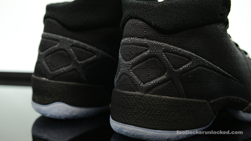 Foot-Locker-Air-Jordan-XXX-Black-8