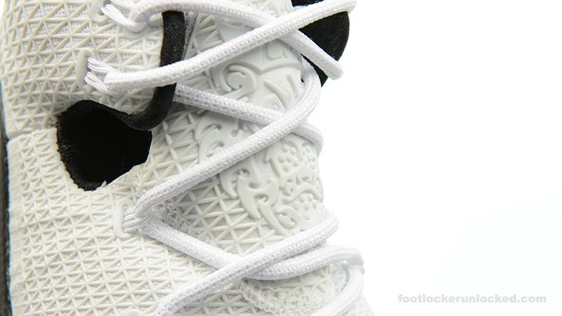 Foot-Locker-Nike-LeBron-13-Elite-Gold-10