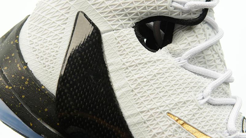 Foot-Locker-Nike-LeBron-13-Elite-Gold-11