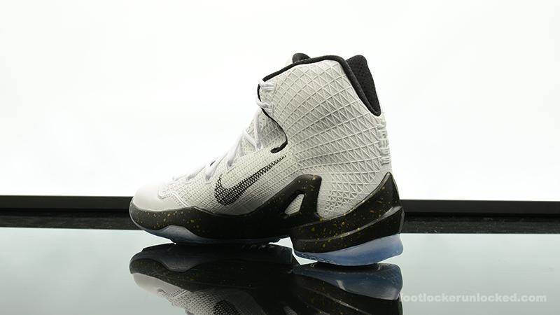 Foot-Locker-Nike-LeBron-13-Elite-Gold-5