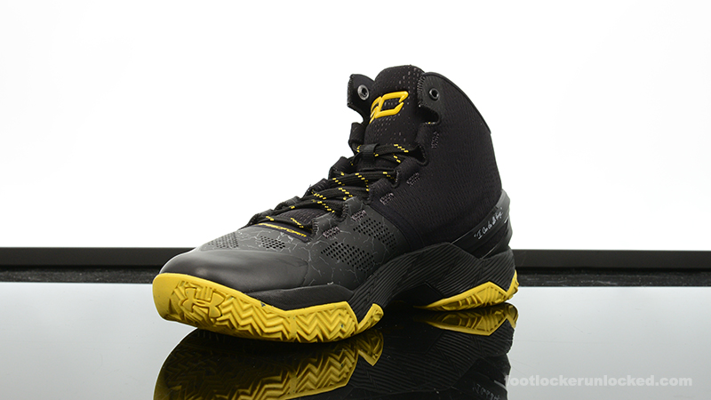 Foot-Locker-Under-Armour-Curry-2-Black-Night-4