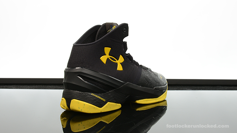 Foot-Locker-Under-Armour-Curry-2-Black-Night-6