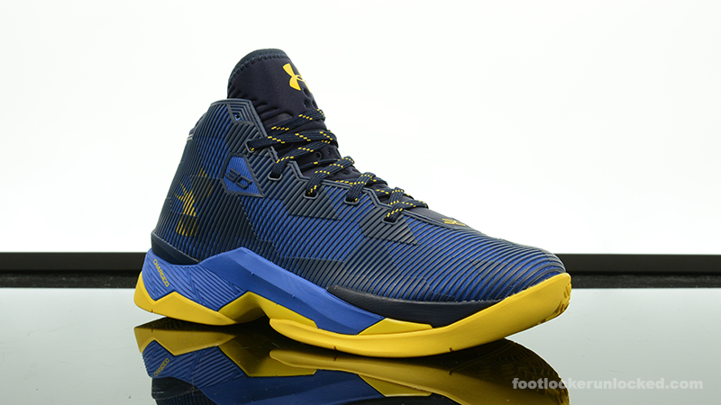 Foot-Locker-Under-Armour-Curry-25-Dub-Nation-3