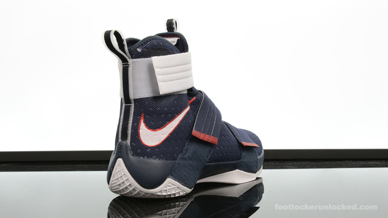 Foot-Locker-Nike-Zoom-Soldier-10-Red-White-Blue-6