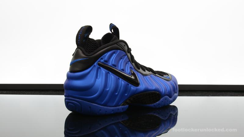Foot-Locker-Nike-Air-Foamposite-Pro-Hyper-Cobalt-6