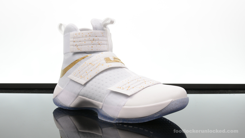 Foot-Locker-Nike-Zoom-LeBron-Soldier-10-Metallic-Gold-3